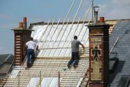 Konstrukcja dachów zielonych wymaga odpowiedniego układu warstw. Jest to tzw. dach odwrócony.