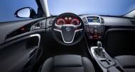 Kolor podświetlenia zegarów Opla Insigni zmienia się w zależoności od wybranego trybu jazdy. (Zdjęcie poglądowe) Fot. Opel
