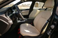 Mercedes-Benz C350 4Matic -fotel kierowcy