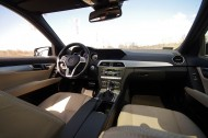 Mercedes-Benz C350 4Matic -wnętrze